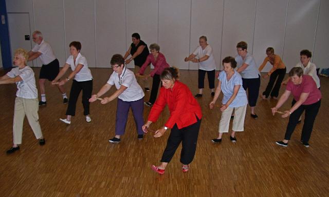 Cours collectif de Qi Gong, par Francine Hirstel-Sitruk